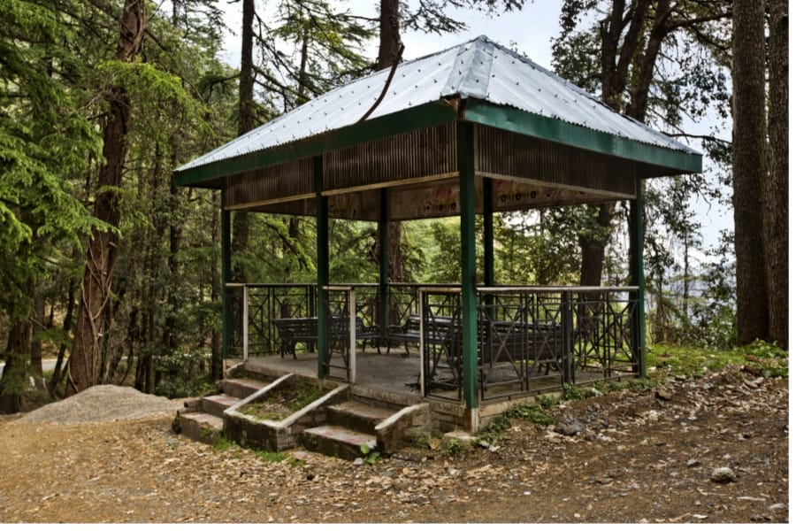 The Pros Of A Gazebo In The Summer