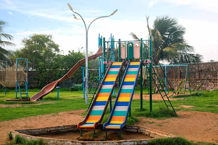 Playground with Color Slide