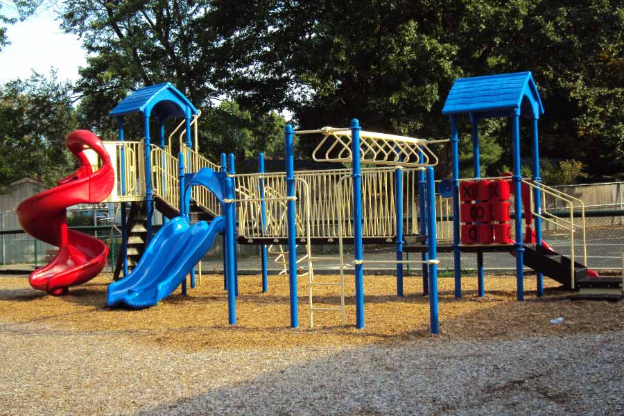 Why You Should Get Metal Playground Equipment <br><span class='secondtitle'>Advice from Your Contractors in Austin, TX</span>
